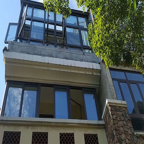 别墅封阳台